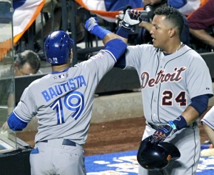 Jose-Bautista-hits-two-homers-as-Toronto-overcomes-Philly